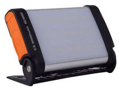 نور افکن و پاور بانک خورشیدی Glaree C5