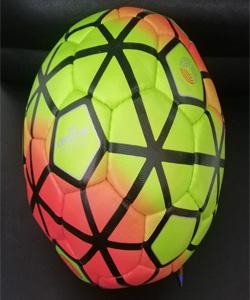 توپ فوتبال جام جهانی